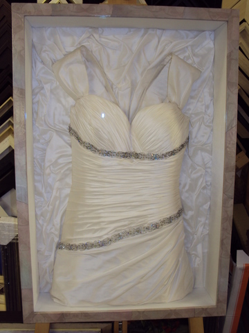 Wedding dress framing bespoke framing for Frame your wedding dress