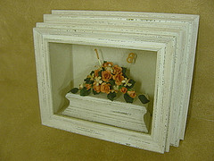 Framed Icing Sugar FLowers