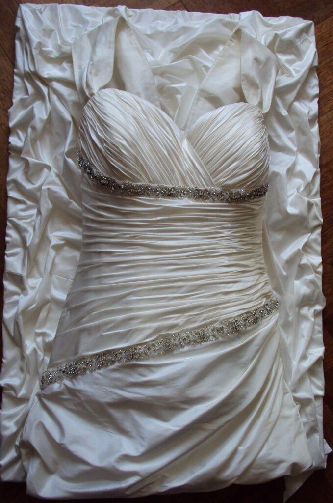 Wedding Dress - layout