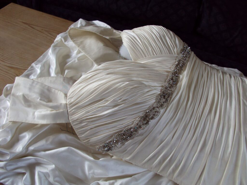 Wedding Dress - building up corset