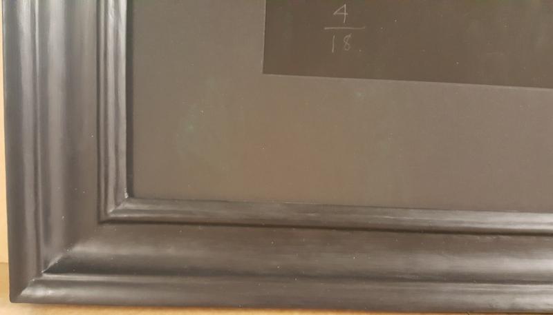 Black closed corner frame